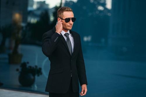 un agent de sécurité professionnel et compétent